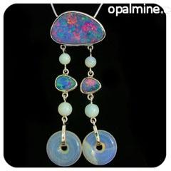 Opal Pendant 4239